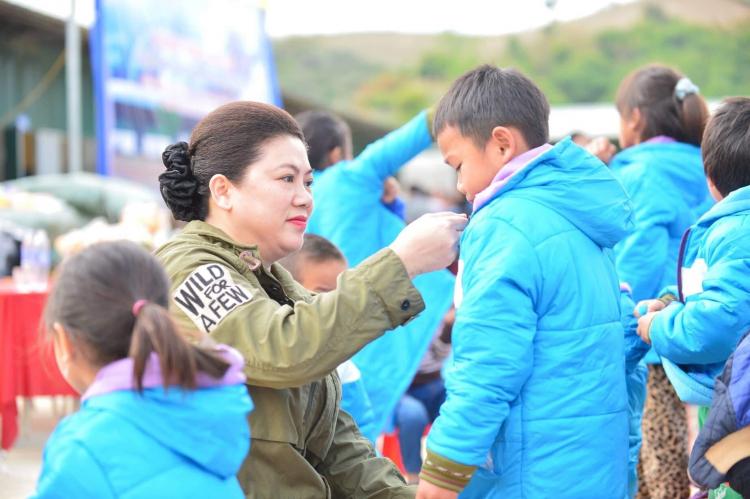 (Nguoitieudung.com.vn) Shark Liên: Tan chảy trước trẻ và luôn sẵn sàng đầu tư vì trẻ